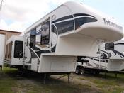 Used 2008 Glendale Titanium 30E35SA Fifth Wheel For Sale