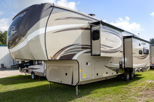 Jayco Pinnacle 36FBTS RVs for Sale - Camping World RV Sales
