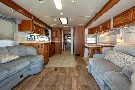 Living Room : 2004-WINNEBAGO-M-40KD