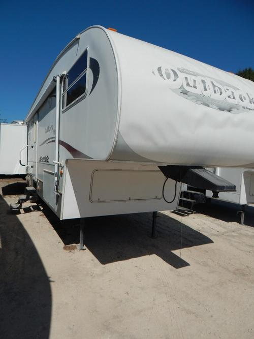 Used 2008 Keystone Outback 31FRL Fifth Wheel For Sale