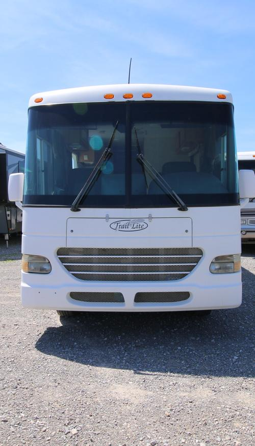 Used 2001 R-Vision Trail Lite 241 Class A - Gas For Sale