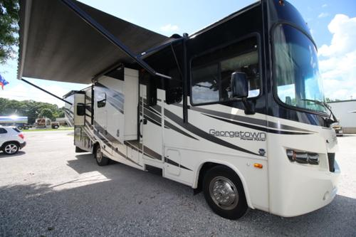 Exterior : 2015-FOREST RIVER-328TS