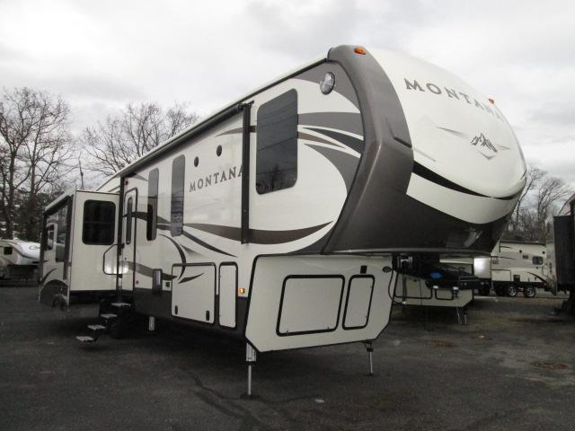 2016 Fifth Wheel Keystone Montana