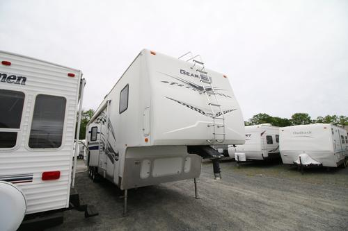 Used 2006 Fleetwood GearBox 385 FS2G Fifth Wheel Toyhauler For Sale