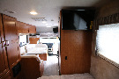 Bedroom : 2019-WINNEBAGO-22R