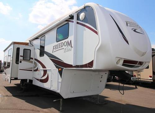 Used 2009 Keystone Freedom Elite M-K 3948 Fifth Wheel For Sale