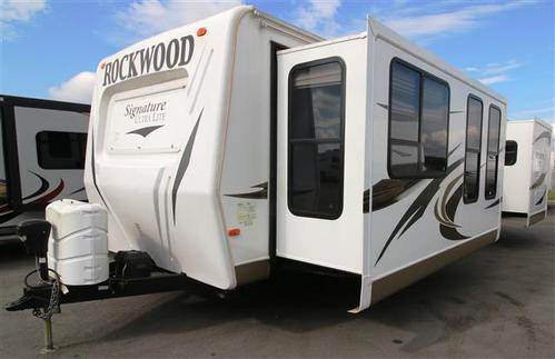 Used 2013 Forest River Rockwood Signature 8319SS Travel Trailer For Sale