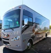 Used 2015 THOR MOTOR COACH Hurricane 27K Class A - Gas For Sale