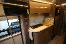 Kitchen : 2019-WINNEBAGO-170M