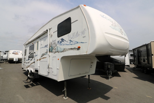 Exterior : 2006-FOREST RIVER-28RKBS