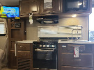 Kitchen : 2019-FOREST RIVER-2104S