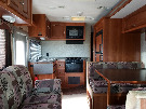 Kitchen : 2007-COACHMEN-M310