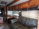Living Room : 2006-WINNEBAGO-40KD