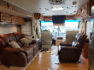 Living Room : 2002-HOLIDAY RAMBLER-38PBT-330HP