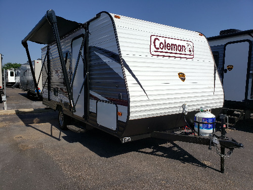 Used Pull Behind Campers Sale >> New Or Used Travel Trailer Campers For Sale Camping World