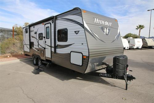 Used 2015 Keystone Hideout 24BHS Travel Trailer For Sale