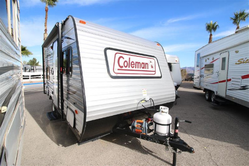 Exterior : 2017-COLEMAN-CTS15BHWE
