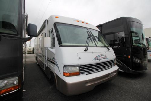 Used 2000 Damon DayBreak 3130 Class A - Gas For Sale