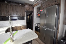 Kitchen : 2019-HEARTLAND-4005