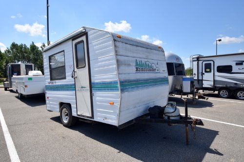 Exterior : 1993-HOMESTEADER-SPORTY 145
