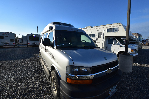 Floor Plan : 2013-ROADTREK-VERSATILE 170