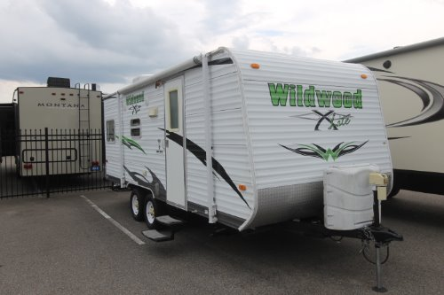 Exterior : 2010-FOREST RIVER-23FBS