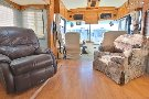 Living Room : 1996-HOLIDAY RAMBLER-40WDS 300HP