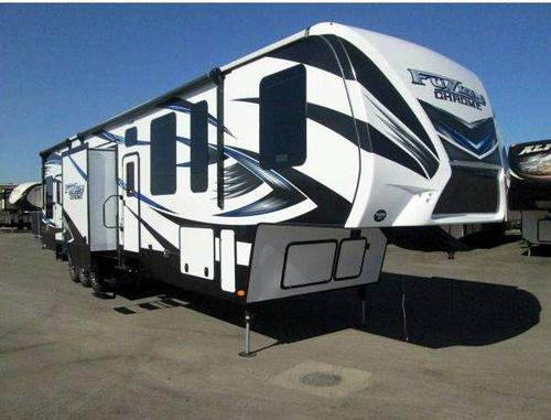 New 2016 Keystone Fuzion 403 Fifth Wheel Toyhauler For Sale