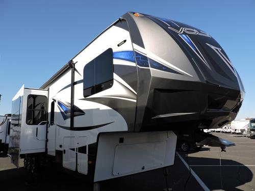 New 2016 Dutchmen VOLTAGE V-SERIES 3805 Fifth Wheel Toyhauler For Sale