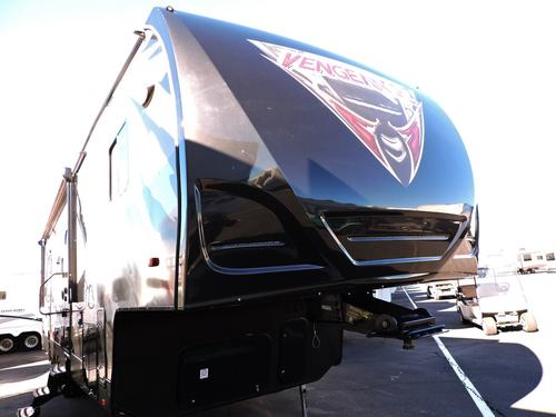 Used 2014 Forest River VENGEANCE 306V Fifth Wheel Toyhauler For Sale