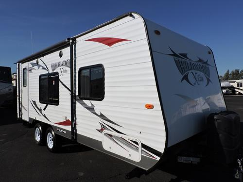 Used 2014 Forest River Wildwood 221RBXL Travel Trailer For Sale