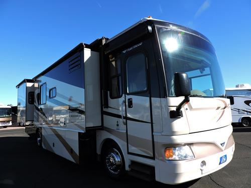 Used 2008 Fleetwood Bounder 38F Class A - Diesel For Sale