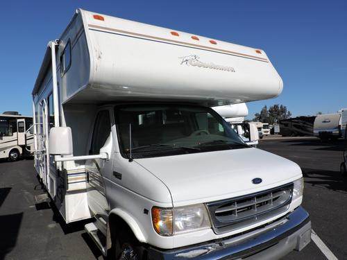 Used 2000 Coachmen Leprechaun 305MB Class C For Sale