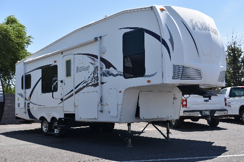 Exterior : 2008-FOREST RIVER-28RKBS