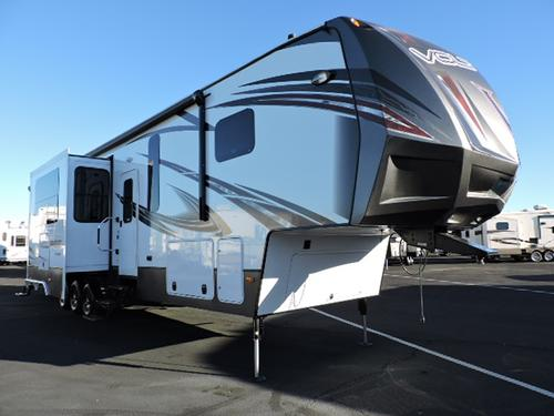 New 2015 Dutchmen VOLTAGE V-SERIES 4000 Fifth Wheel Toyhauler For Sale
