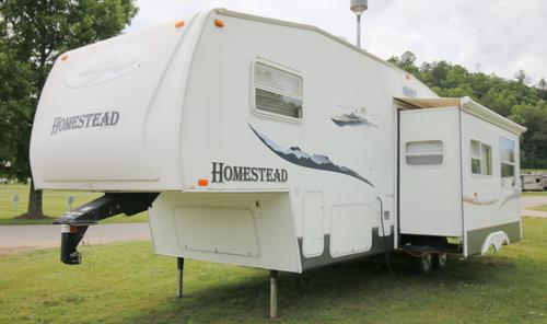 2005 Starcraft Homestead