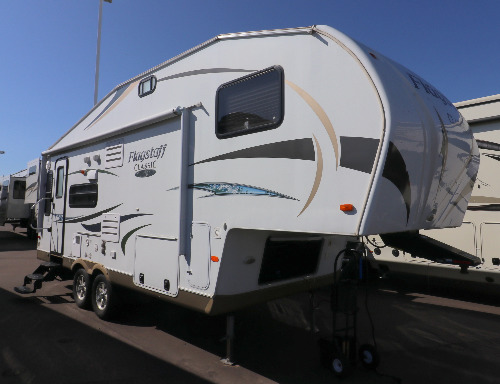 Exterior : 2012-FOREST RIVER-8524RLWS