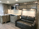 Living Room : 2018-JAYCO-31UL