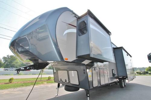 New 2016 Forest River Sandpiper 330RLS Fifth Wheel For Sale