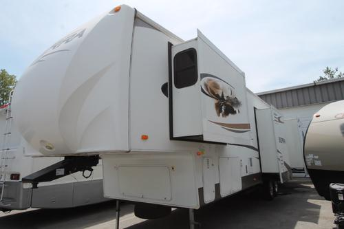 Used 2011 Forest River Sierra 346RL Fifth Wheel For Sale