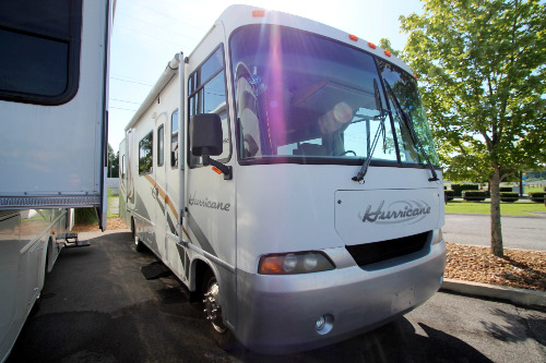 Exterior : 2004-FOUR WINDS-30Q WORKHORSE 15.0