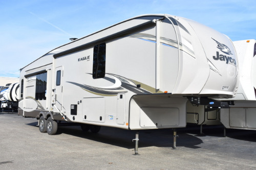 Bathroom : 2019-JAYCO-336FBOK