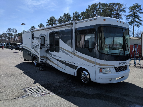 Exterior : 2008-FOREST RIVER-378TS