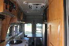 Kitchen : 2017-WINNEBAGO-48P