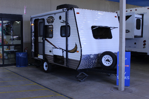 RV : 2014-COACHMEN-14R