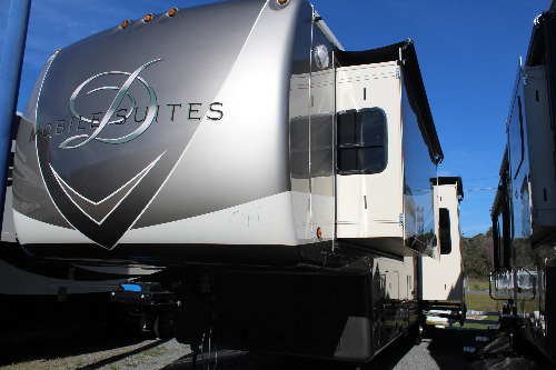 RV : 2019-DRV LUXURY SUITES-41RKSB4