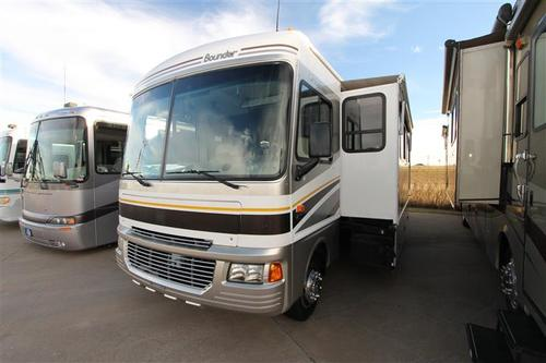 Used 2005 Fleetwood Bounder 36Z Class A - Gas For Sale