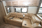 Living Room : 2019-JAYCO-33U