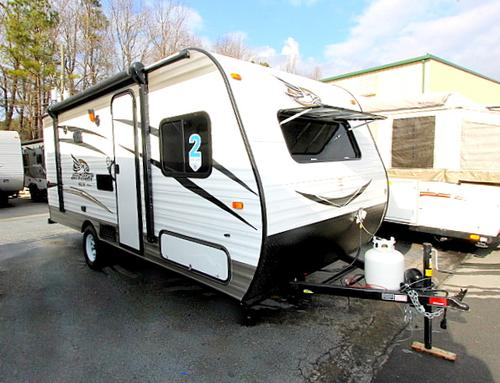 New 2016 Jayco JAY FLIGHT SLX 174BH Travel Trailer For Sale