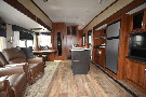 Living Room : 2018-JAYCO-28.5RSTS